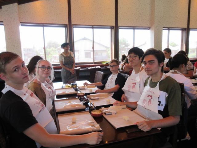 http://www.kyotominsai.co.jp/mblog/uploadimg/IMG_21551.JPG