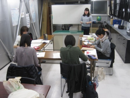 http://www.kyotominsai.co.jp/school/course/uploadimg/IMG_6277.JPG
